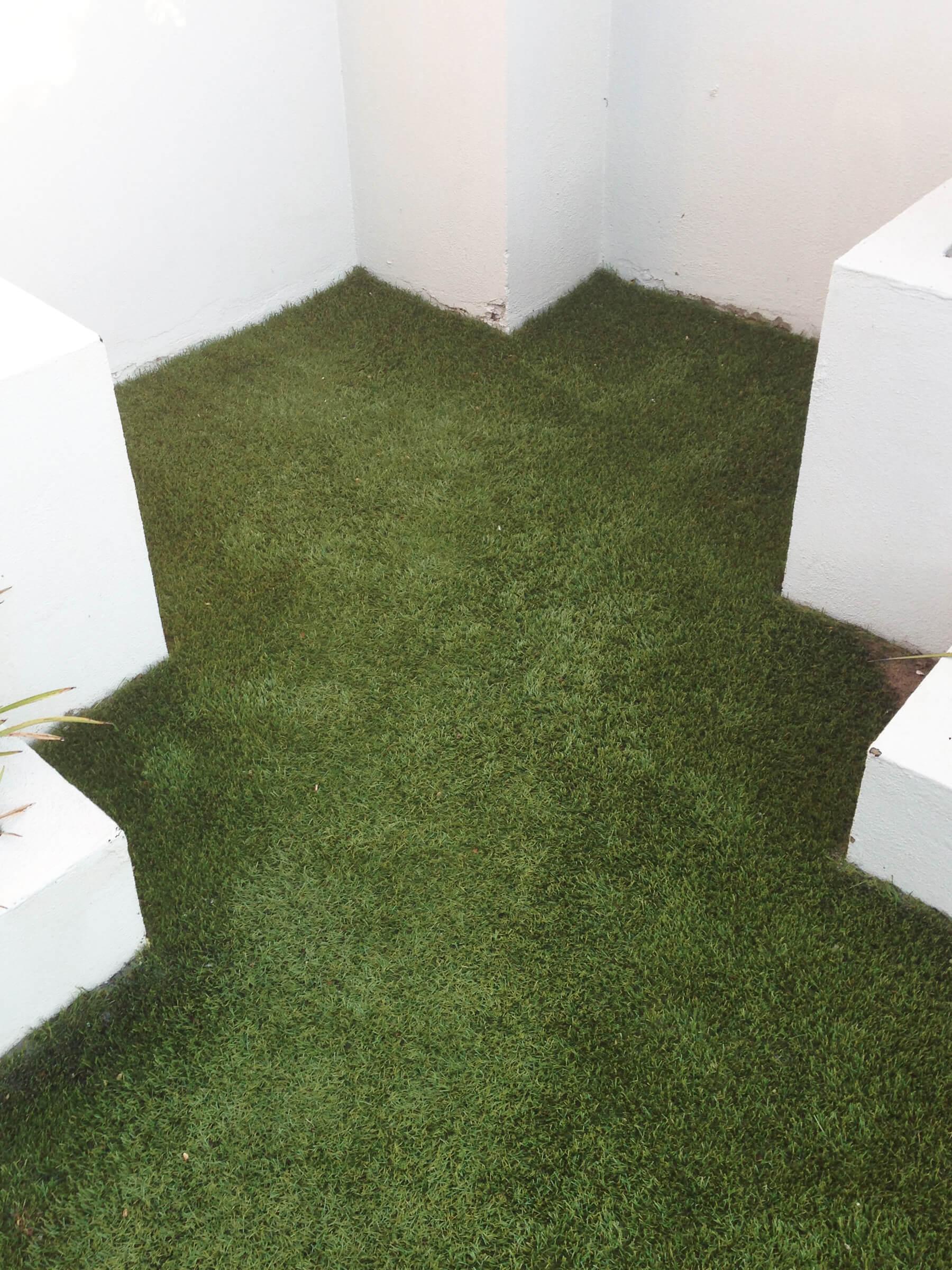 Ezi Synthetic Turf 1