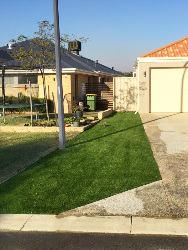 Ezi-Synthetic-Turf-front-lawn_Perth_0116